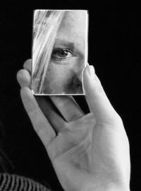 Уверенность в себе. Рекомендации типа «Улыбнитесь своему отражению в зеркале и признайтесь себе в любви» не дают должного эффекта